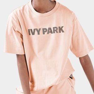 Ivy Park Boyfriend T-shirt with Silicone Logo